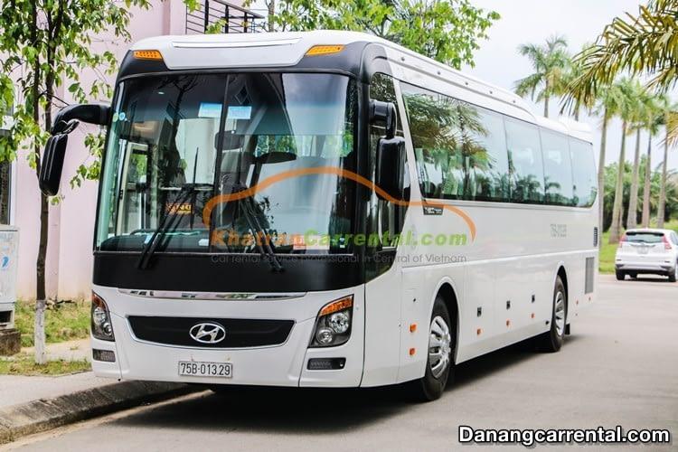 45 seats Hyundai Universe hue to phong nha