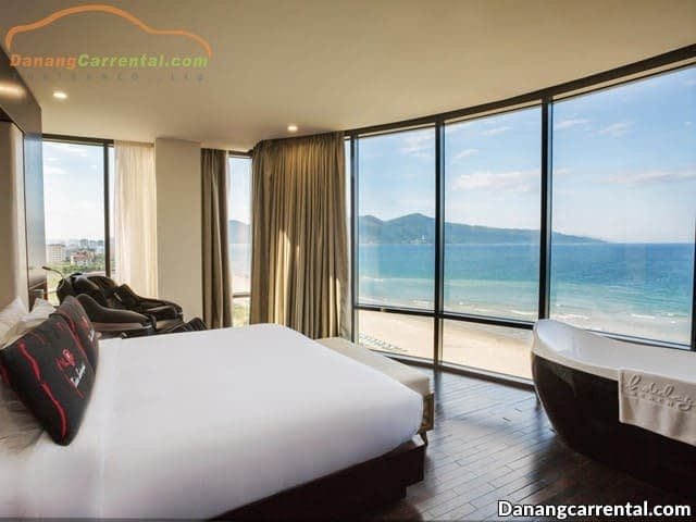 Holiday Beach - Resort near Danang beach