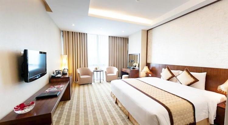 where to stay in da nang